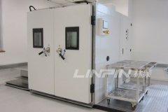 瑞华科技非标型高低温湿热试验箱顺利通过用户